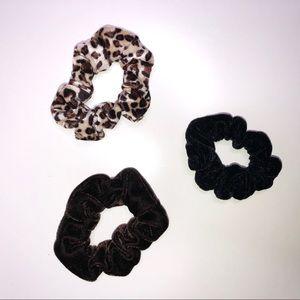 Velvet Hair Scrunchies 3 Pack Black/Brown/Animal